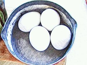 4 αβγά