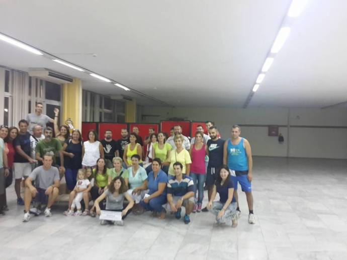 Μερικοί από τους εθελοντές της διασυλλογικής ομάδας